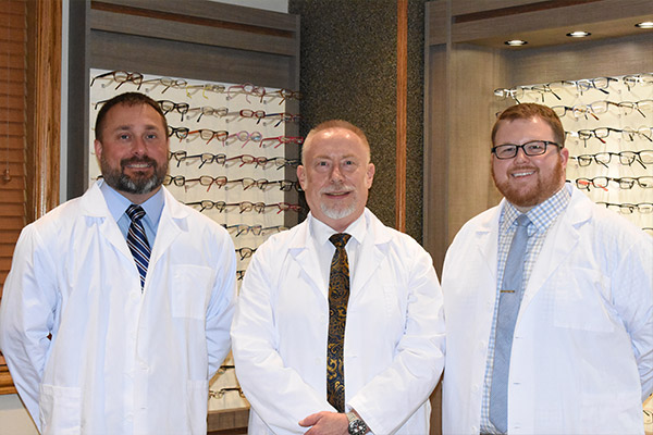 doctors-white-eye-care-logan-wv-family-eye-care-eye-exams-designer-frames-sunglasses-contacts-banner